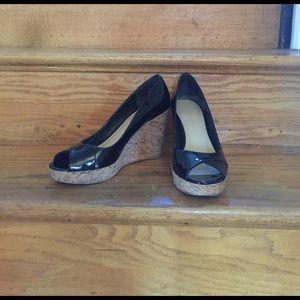 VIA SPIGA peep toe espadrilles. Black patent.