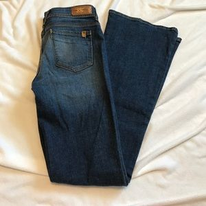 Divine Rights of Denim Jeans Size 27
