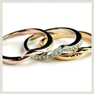 Jewelry - 18K Tri Tone Stackable Pave Wave Midi Rings