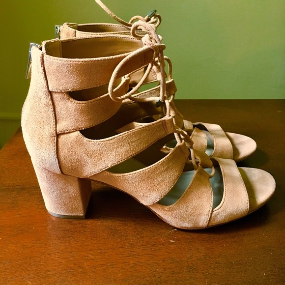 abd8bd4e7 Lord   Taylor Shoes - Lord   Taylor 424 Fifth LaDonna Sandals