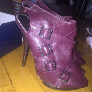 Marco Santi Shoes - Burgundy peep toe heels