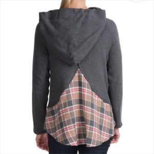 Dylan. Grey hoodie with plaid back. Sz S.