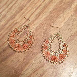 NWOT Woven dangle earrings