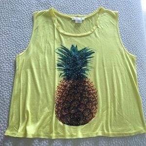 Crop top with pineapple design