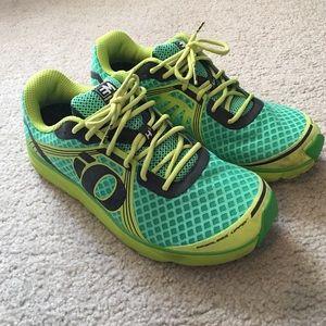Pearl Izumi Other - Pearl Izumi Men's running Shoes- worn 3-4 times