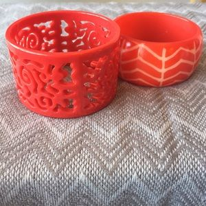 🔸Donated Bundle 2 red resin bracelets patterned