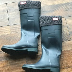 Hunter Boots Shoes - Hunter boots with removable fleece sock inserts.