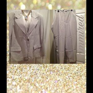 Harve Benard Other - Womens Grayish/Taupe Dressy Pant Suit ~ Size 22W