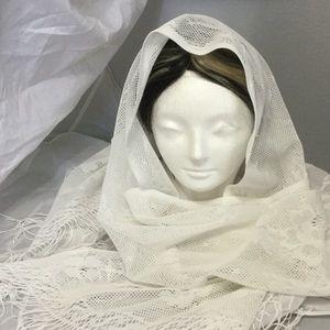 Nice!  White Shawl / Wrap