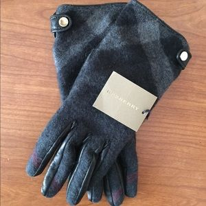 Burberry Leather Cashmere Check Gloves