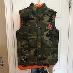10.Deep Other - 10 Deep camo/orange reversible vest