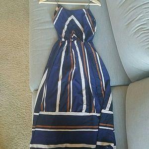 Dresses & Skirts - Maxi dress navy