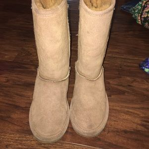 BearPaw Shoes - Bearpaws!!!!