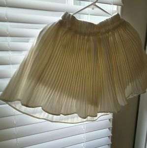 Accordian skirt flare