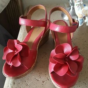 Jaclyn Smith Shoes - Red flower wedges
