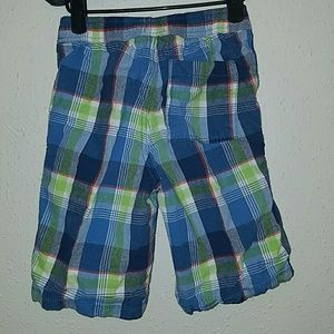 Children's Place Bottoms - Boys plaid shorts from Children's Place
