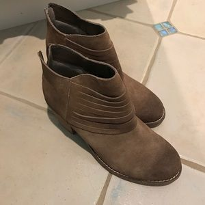 Seychelles Booties size 10