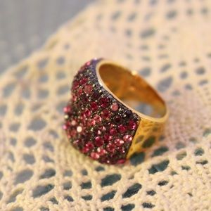 Jewelry - Joan Rivers Pink Ombré Ring