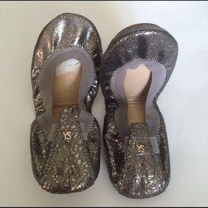 Yosi Samra Shoes - NWOT Yosi Samara  Foldable Ballet Flats