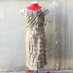 London Times Dresses & Skirts - London Times Shutter Dress