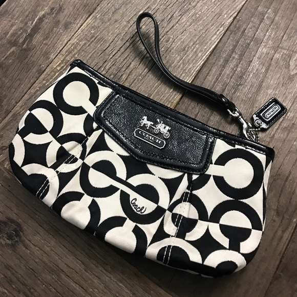 Coach Handbags - Coach wristlet clutch zip bag