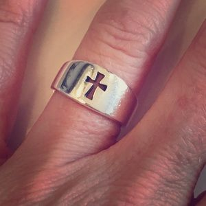 James Avery Jewelry - James Avery tapered cross ring