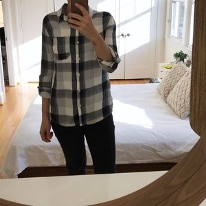 Mossimo Supply Co Tops - Mossimo Plaid button down
