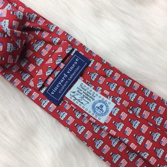 3a865d44e3756 Vineyard Vines Custom Collection Mitt Romney Tie. M 58b34a4d6a5830b90b01a31e