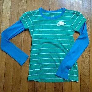 Nike Other - Cute Nike long sleeve top
