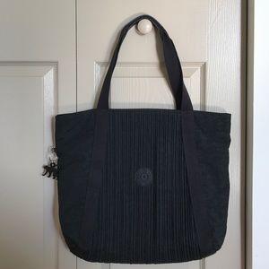 Kipling Handbags - Like new Black Kipling Tote