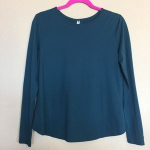 Fabletics Tops - Dark blue green long sleeve top with slit back