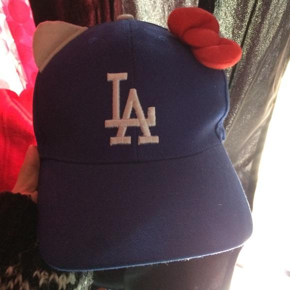 4e93ac7aec340 Hello Kitty Accessories - Hello Kitty x LA dodgers blue baseball hat