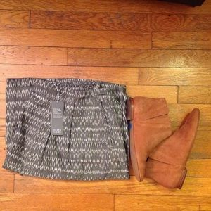 Eileen Fisher Dresses & Skirts - NWT Eileen Fisher Gray Printed Skirt- Size XL