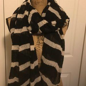 Ann Taylor Accessories - Ann Taylor scarf