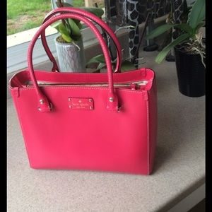 Hot pink Kate Spade Wellesley Quinn bag