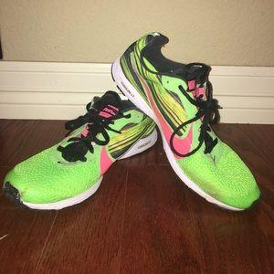 Nike Shoes - NIKE Neon Streak LT. Men's 8. Women's 9.5.