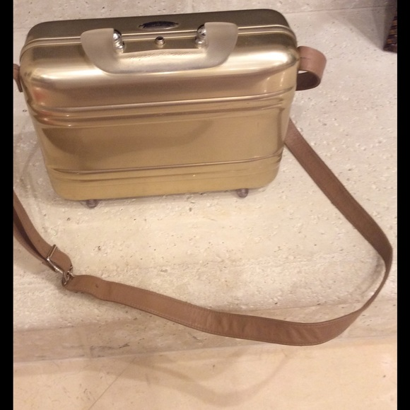 a7b8b9c8d zero halliburton Bags | Train Case With Leather Strap | Poshmark