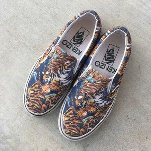 Kenzie x Vans Flying tiger slip ons