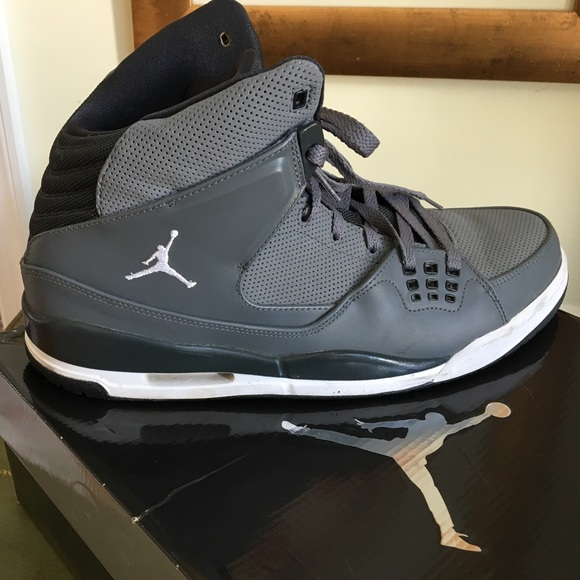 f59f53ed39cafd Men s Nike Air Jordan Flight SC-1. M 58bae344f09282bf53009ec9