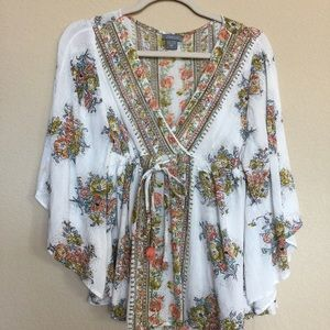 Angie Tops - Gorgeous floral blouse