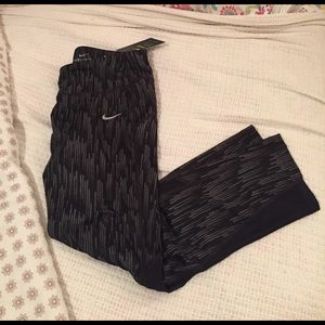 Nike Pants - Nike Dri Fit Capris