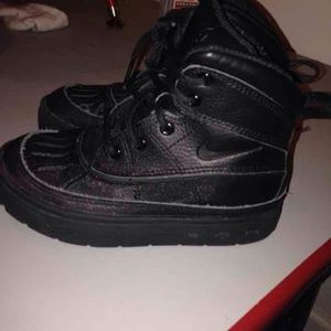 Nike Other - Nike boots Sz 11y