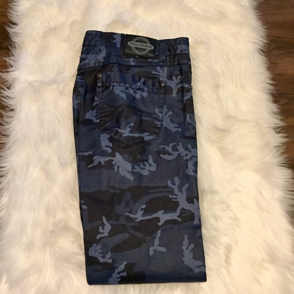 2018 shoes meet on wholesale Royal Premium Mens Straight Leg Blue Camo Pants