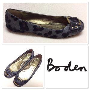 Boden Shoes - 38 BODEN grey animal print calf buckle hair flats