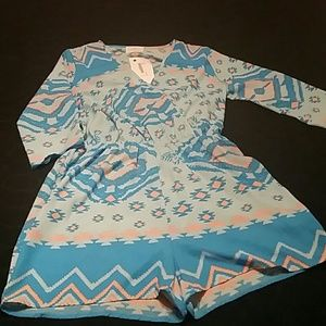 Everly  Dresses & Skirts - NWT Everly Romper! Size Large