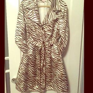 Via Spiga Jackets & Blazers - VIA SPIGA white and brown zebra print trench coat