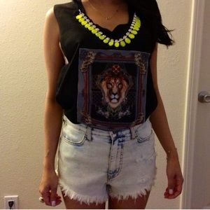 Tops - Oversized Lion Muscle Tee With Necklace