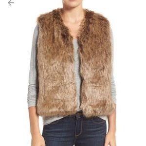 Sole Society Jackets & Blazers - Sole Society Faux Fur Vest