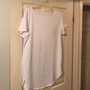 Tops - White t-shirt tunic