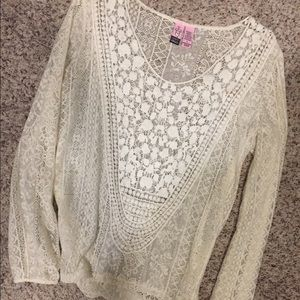 love on a hanger Tops - Love on a hanger lace top from the buckle S